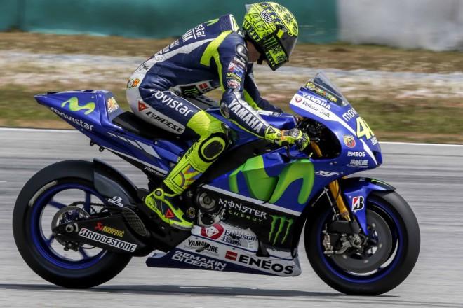 První den byl v Sepangu nejrychlejší Valentino Rossi