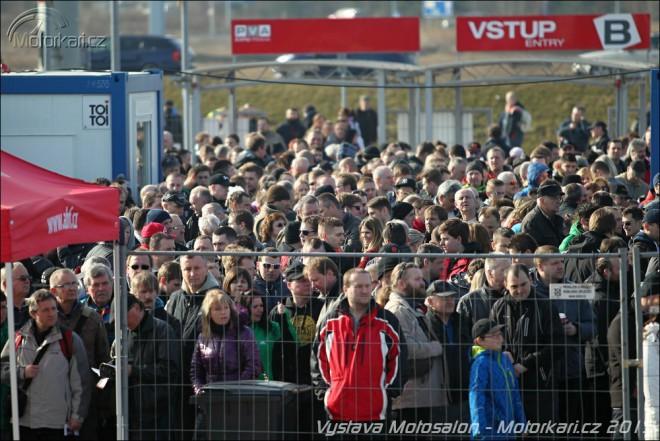 Na Motosalon do Letòan pøišlo pøes 50 000 lidí