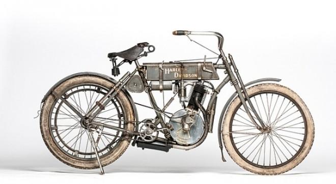 Harley-Davidson z roku 1907 jde do aukce