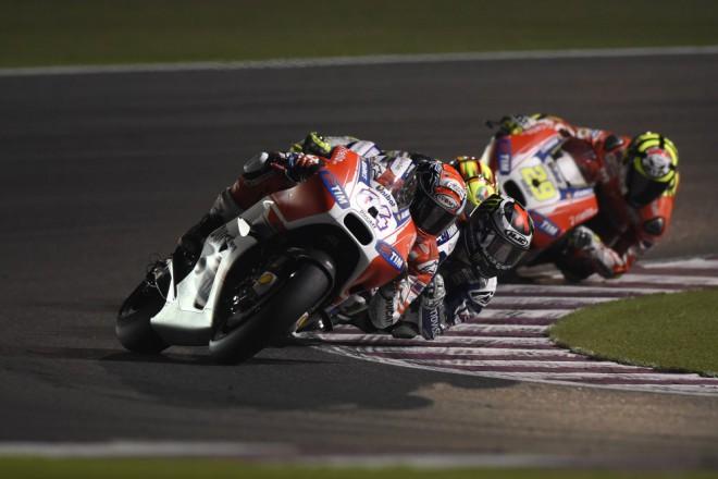 Ducati od Texasu s dvaadvaceti litry paliva