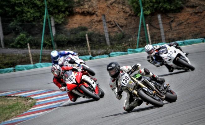 Celodenní volné jízdy a závody na AMD Brno již tuto støedu a ètvrtek!