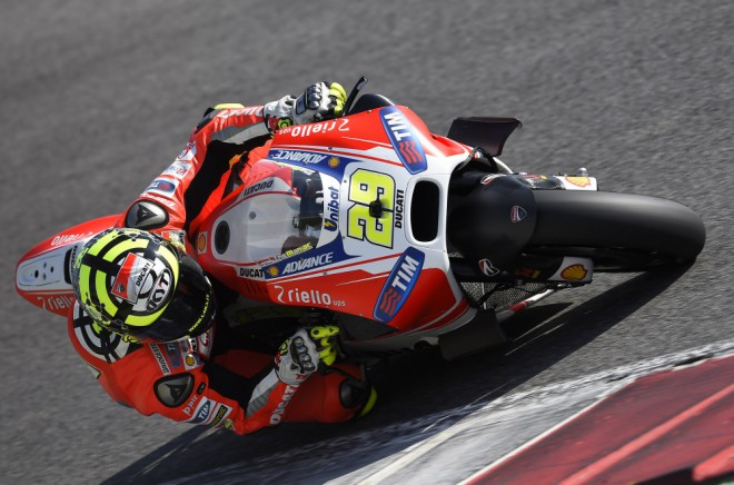 Tým Ducati testoval v Mugellu, Iannone má problém s ramenem