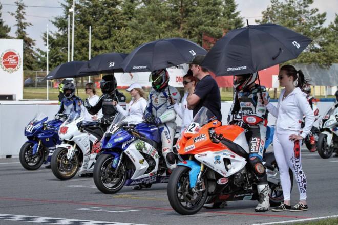 V Brnì odstartoval seriál závodù Bikers Cup 2015