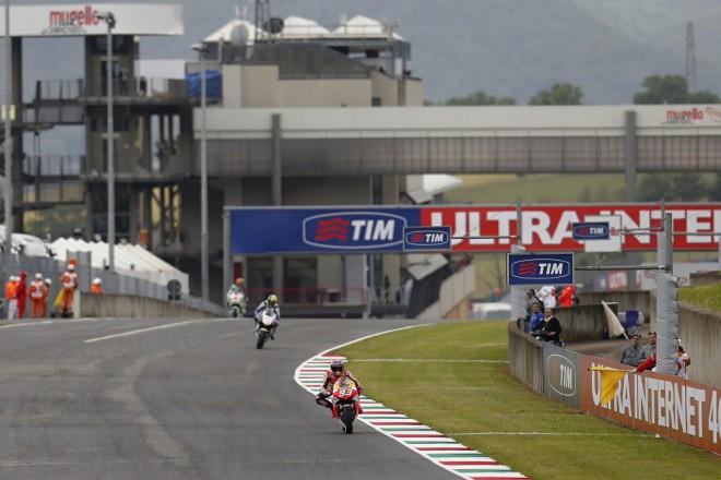 GP Itálie – páteèní tréninky v Toskánsku