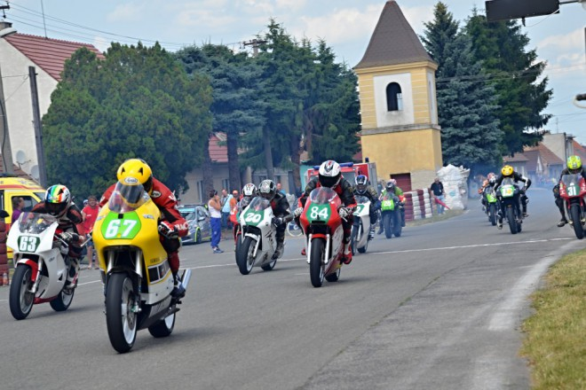 Obrazem: �est� ro�n�k Kop�iansk�ho motookruhu