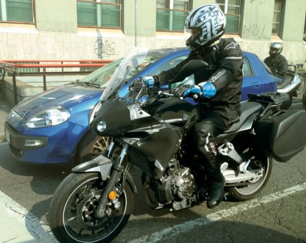 Yamaha testuje MT-07 Tracer