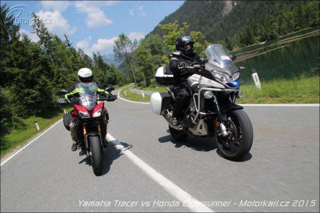 Yamaha MT-09 Tracer vs Honda VFR800X Crossrunner