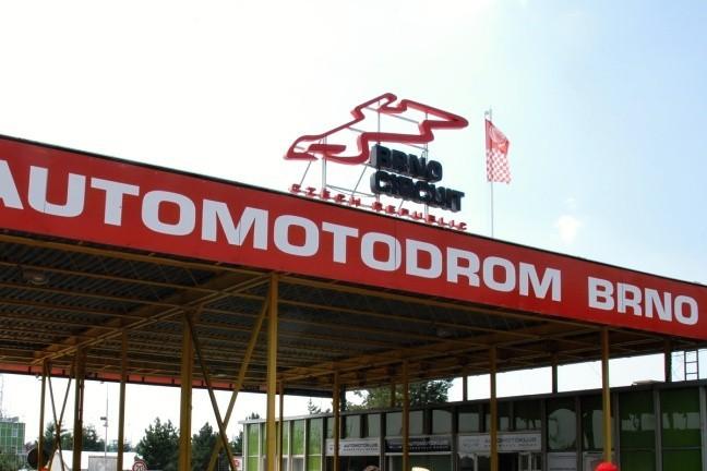 MotoGP v Brn� bude tak� v roce 2016, v pl�nu je p�tilet� smlouva