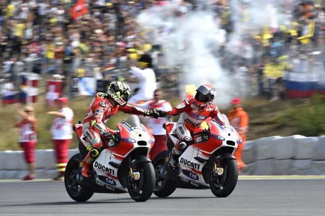 Pøed cestou do Anglie stihli u Ducati test v Misanu