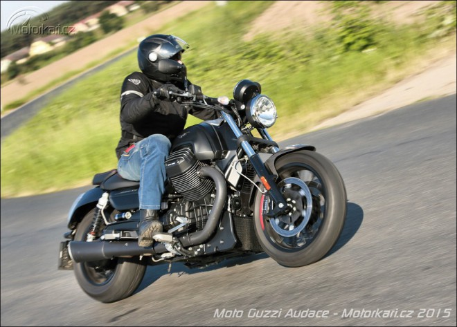 Moto Guzzi Audace: Derivát temna