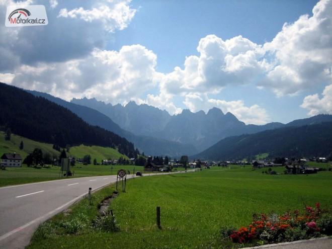 S batùžkem mezi Nìmeckem a Rakouskem