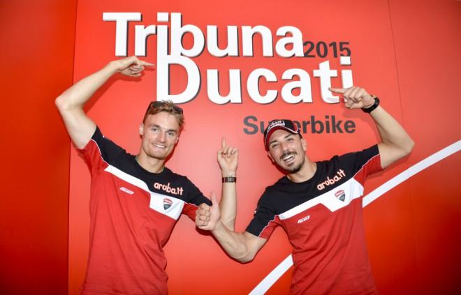 V roce 2016 zùstává u Ducati SBK Giugliano s Daviesem