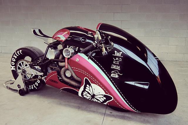 Plan B Motorcycles pøestavili Buell M2 Cyclone na závodní dragster