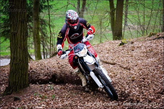 Vyhrajte motocykl AJP na víkend