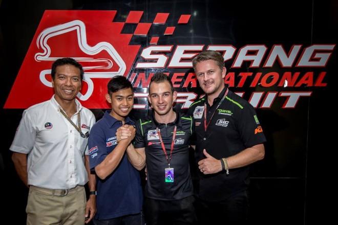 V roce 2016 pokraèuje Kornfeil s týmem Drive M7 SIC Racing