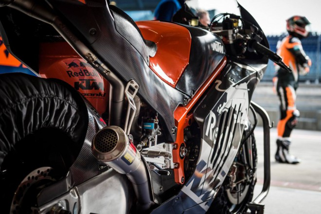 U KTM poprvé vyzkoušeli prototyp tøídy MotoGP RC16