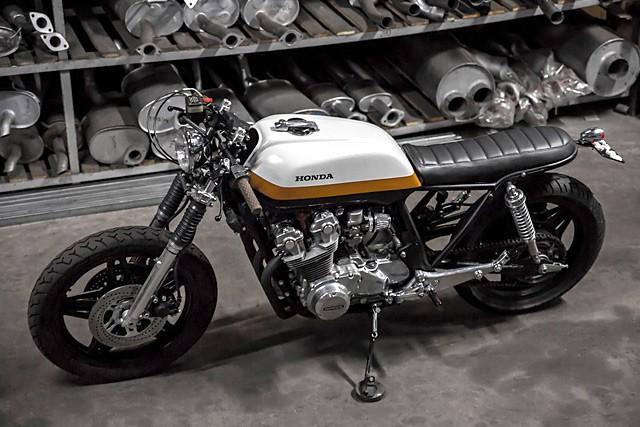 Honda CB900 jako Zu��c� b�k od Bullit Garage
