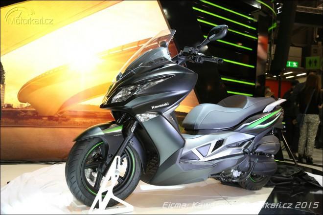 Kawasaki pøedstavila pøeplòovaný koncept a malý skútr