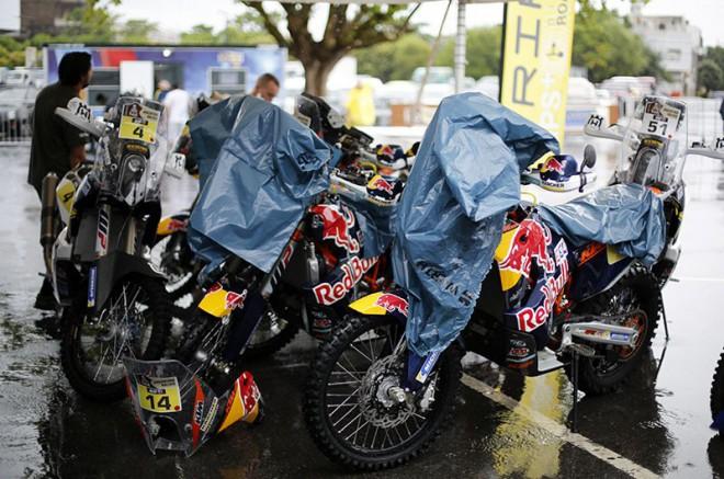 Dakar 2016 zaèíná prologem, startuje 136 motorkáøù