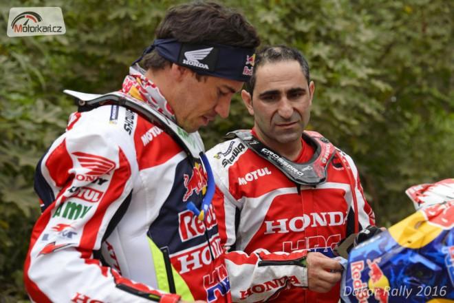 Honda rozebírá další selhání na Dakaru