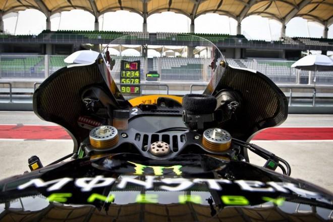 Stewardi v MotoGP a návrat snímaèe tlaku pneumatik