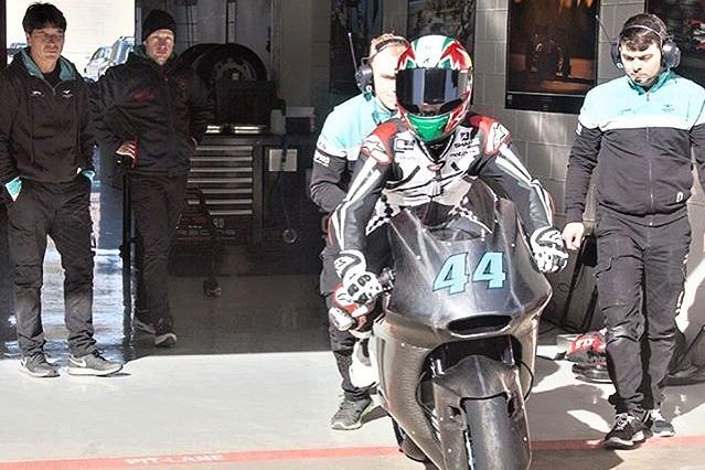 Ve Valencii pracoval Oliveira na stylu jízdy