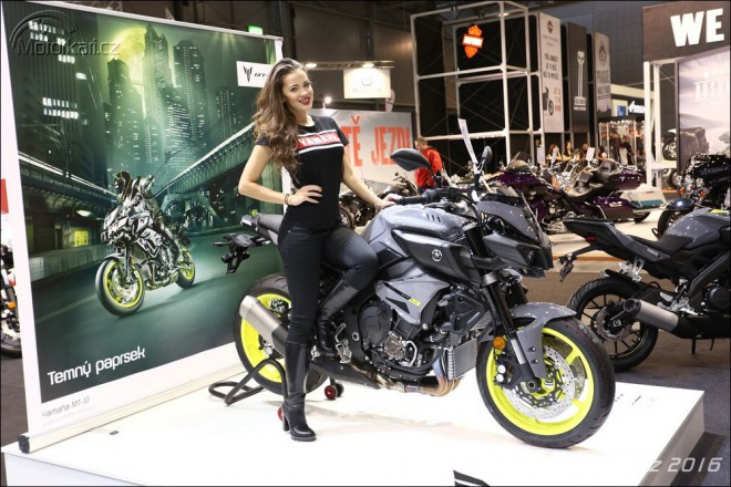 Motocyklem roku je Yamaha MT-10