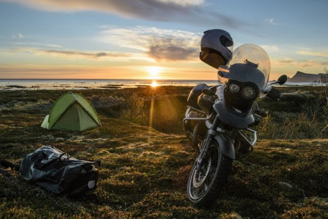 Na motorce do kr�lovstv� norsk�ch vodop�d�