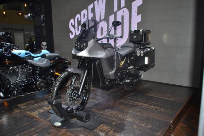Harley-Davidson Stealth 750: adventure bike z Bangkoku