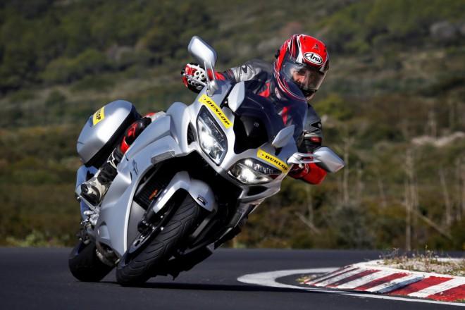 Testujte s námi: pneu Dunlop Roadsmart III
