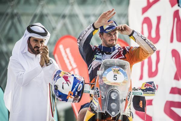 V Abu Dhabi nakonec triumfoval  Price