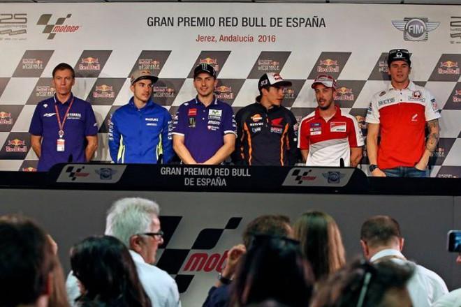 Tisková konference v Jerezu na téma Lorenzova pøestupu
