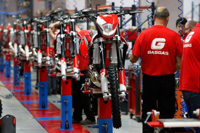 Gas Gas rozjel výrobní linku