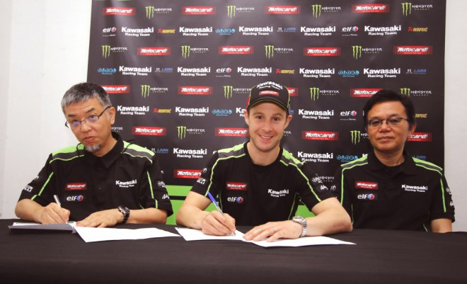Jonathan Rea prodloužil s Kawasaki na další dva roky