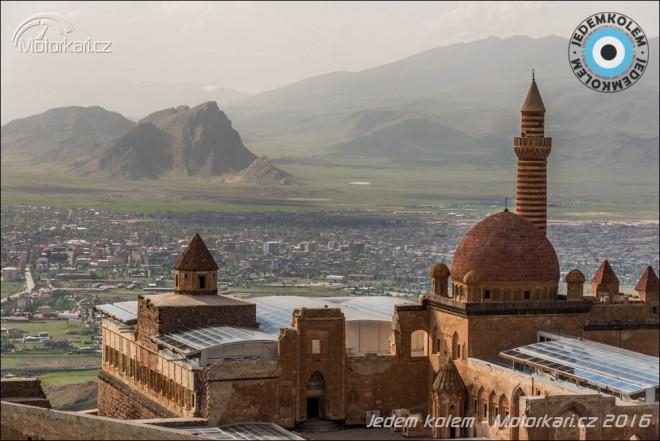 JedemKolem: Ozbrojeným Kurdistánem