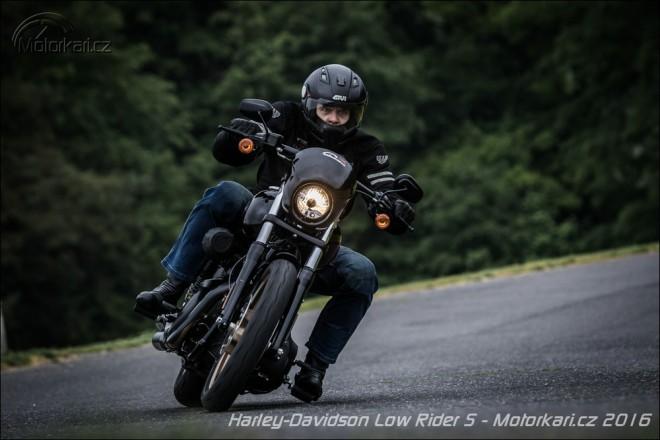 Harley-Davidson Low Rider S: Kladivo na èarodìjnice