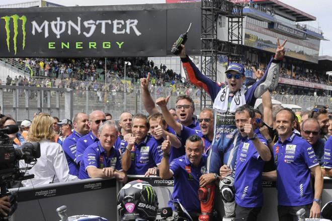 Souèasný tým Jorge Lorenza nebude Španìla k Ducati následovat