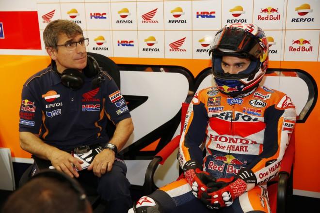 Pedrosa válèí s motorkou, která víc sedí Márquezovi