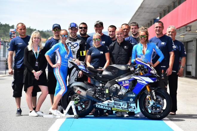 Výbornì rozjetý tým Maco Racing zastavila porucha techniky