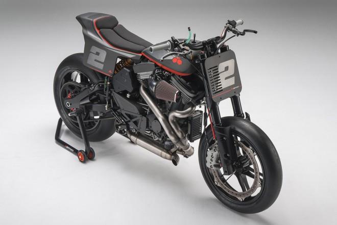 Bottpower XR1R – titanový rám a obøí motor uprostøed dìní