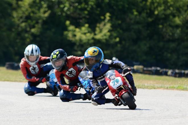 MÈR MINI Racing – Malé motorky úspìšnì za pùlkou sezony