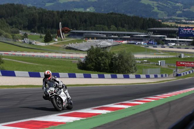 Také druhý den dominovala ve Spielbergu italská Ducati