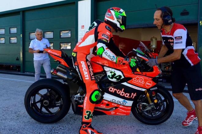 V Misanu testovaly t�my Ducati a to v�etn� Melandriho