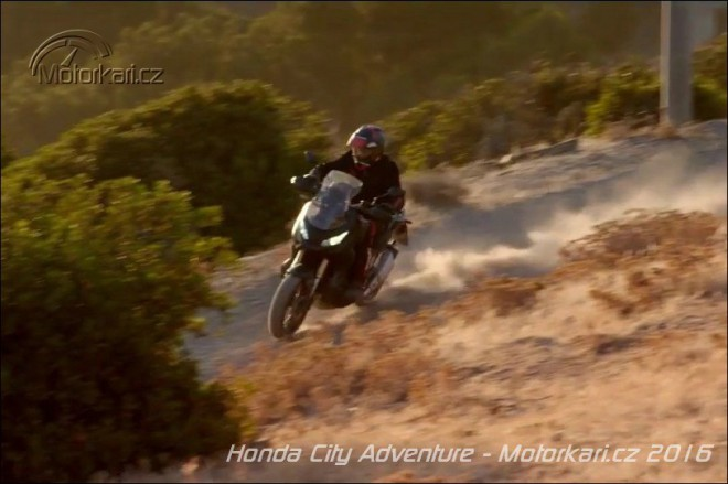 Honda pøedstaví off-road skútr podle konceptu City Adventure