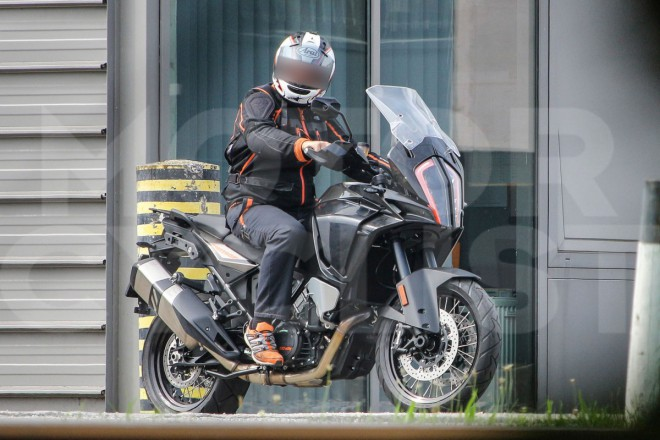 KTM 1190 Adventure 2017: první foto
