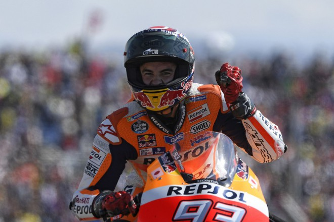 GP Aragonie – V MotoGP vyhrál Márquez, Binder slaví titul v Moto3