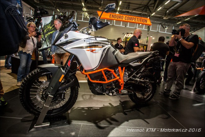 Intermot: KTM Adventure 1090 tak� v eR verzi a Super Adventure 1290 R/S/T