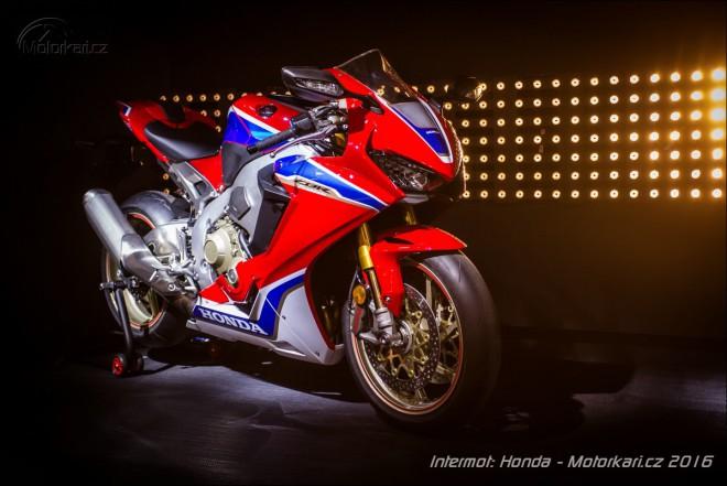 Intermot Honda: Nové modely CBR1000RR Fireblade a CB1100