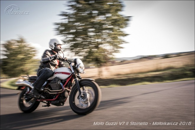 Moto Guzzi V7 II Stornello: výprava za hranice všednosti
