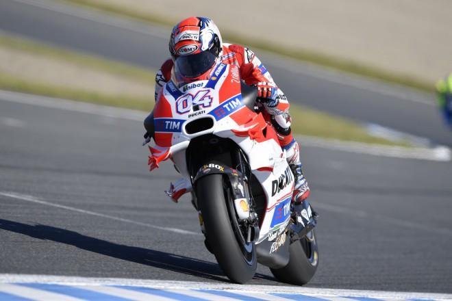 Tovární Ducati také v Austrálii v sestavì s Doviziosem a Barberou